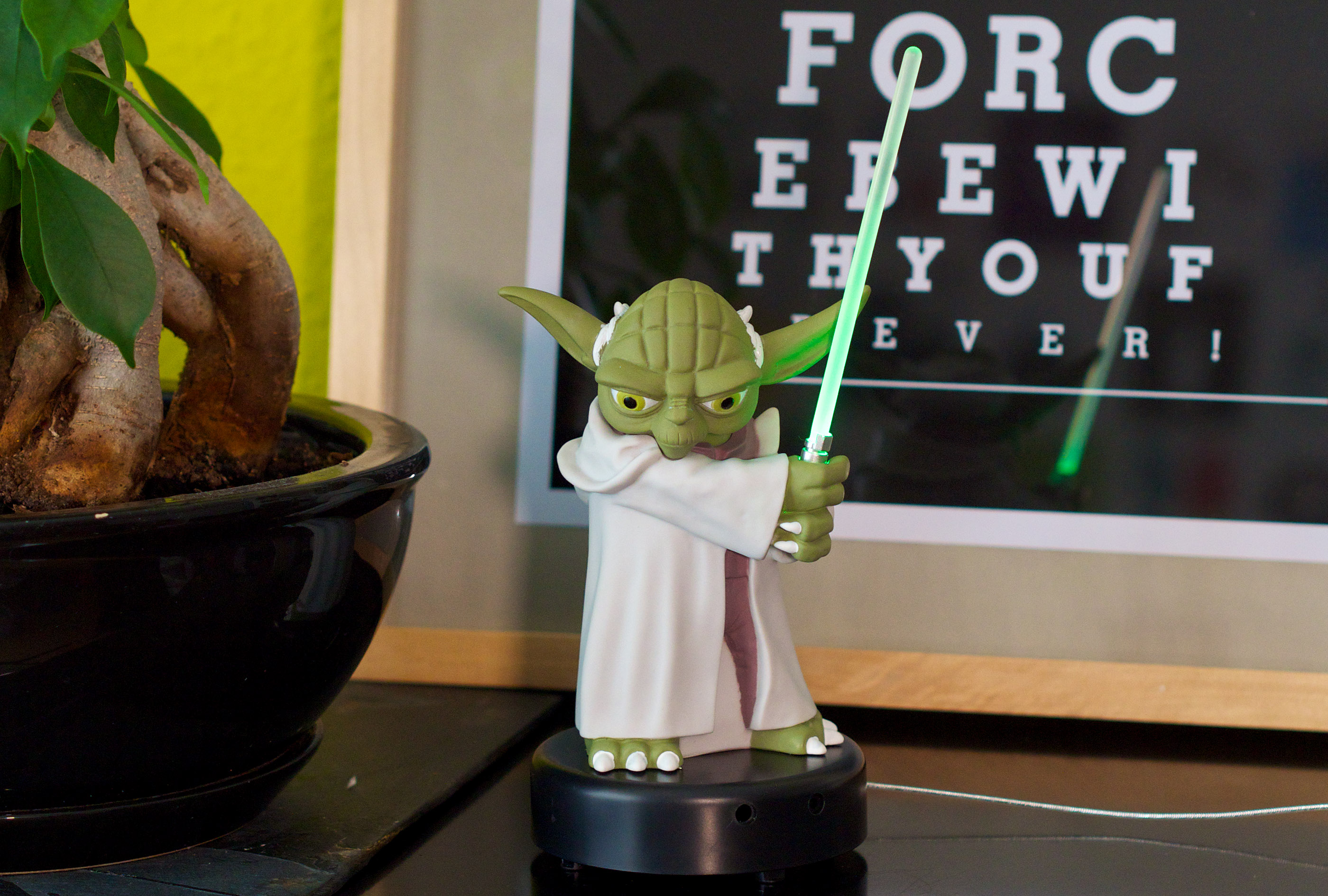 Star Wars Yoda USB Desk Protector