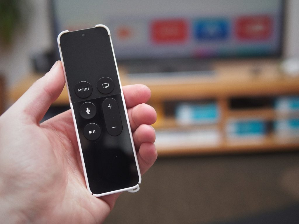 how to open apple tv remote case